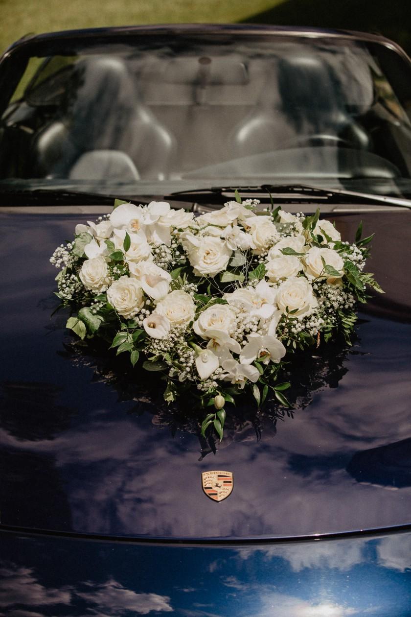 Blumenstrauß Dekoration Hochzeit Reportage Fotografie Auto