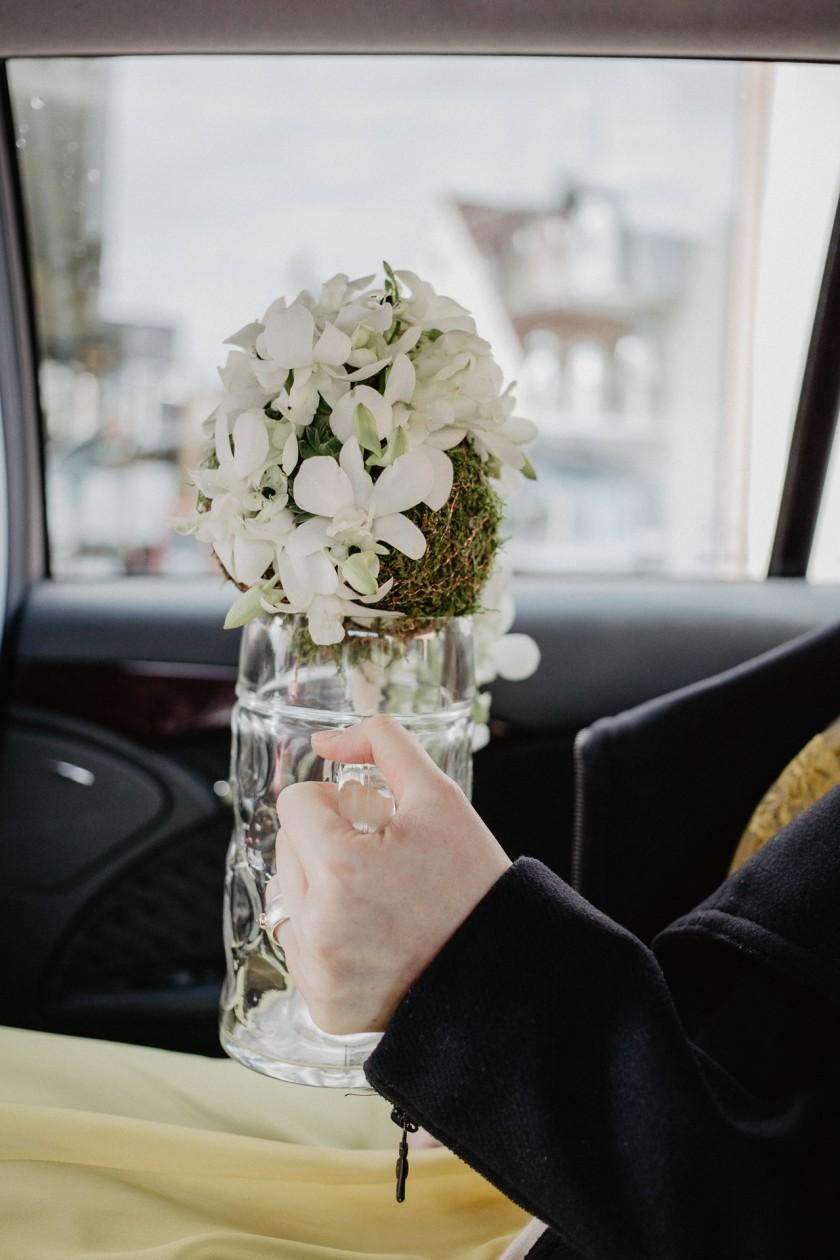Brautstrauß Getting Ready Hochzeit Fotografie Reportage Diessen am Ammersee