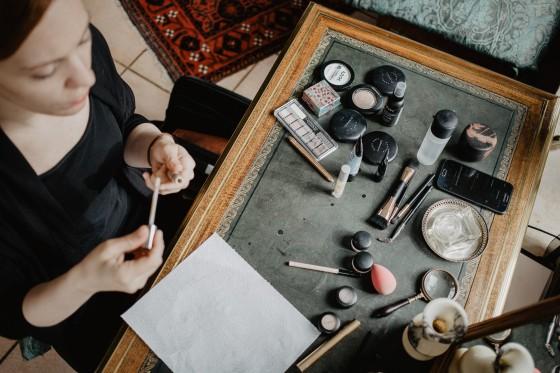 MakeUp Getting Ready Hochzeit Fotografie Reportage Diessen am Ammersee