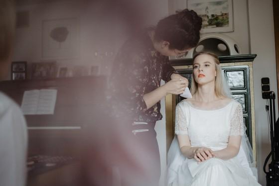 Getting Ready Fotograf Hochzeitsreportage natürliche Fotografie